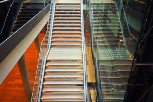 balustrady szklane wewnetrzne 300x200
