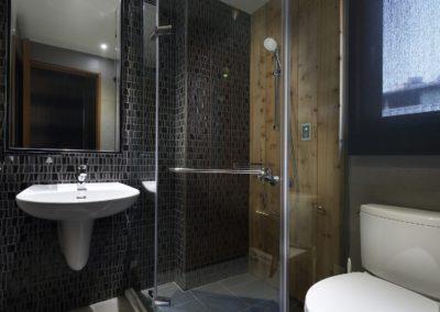 kabina prysznicowa narożna szklana